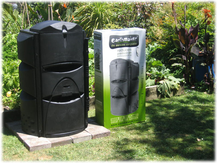Earthmaker composting kit complete